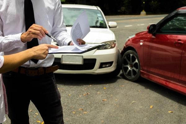 Car Accident Attorney - Dennis Petersen